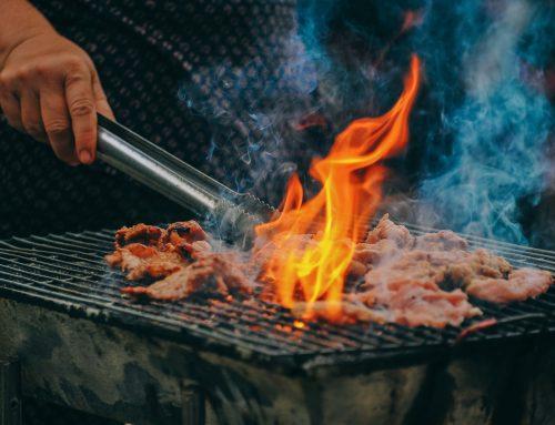 Waarom binnen koken op houtskool risico's met zich meebrengt..